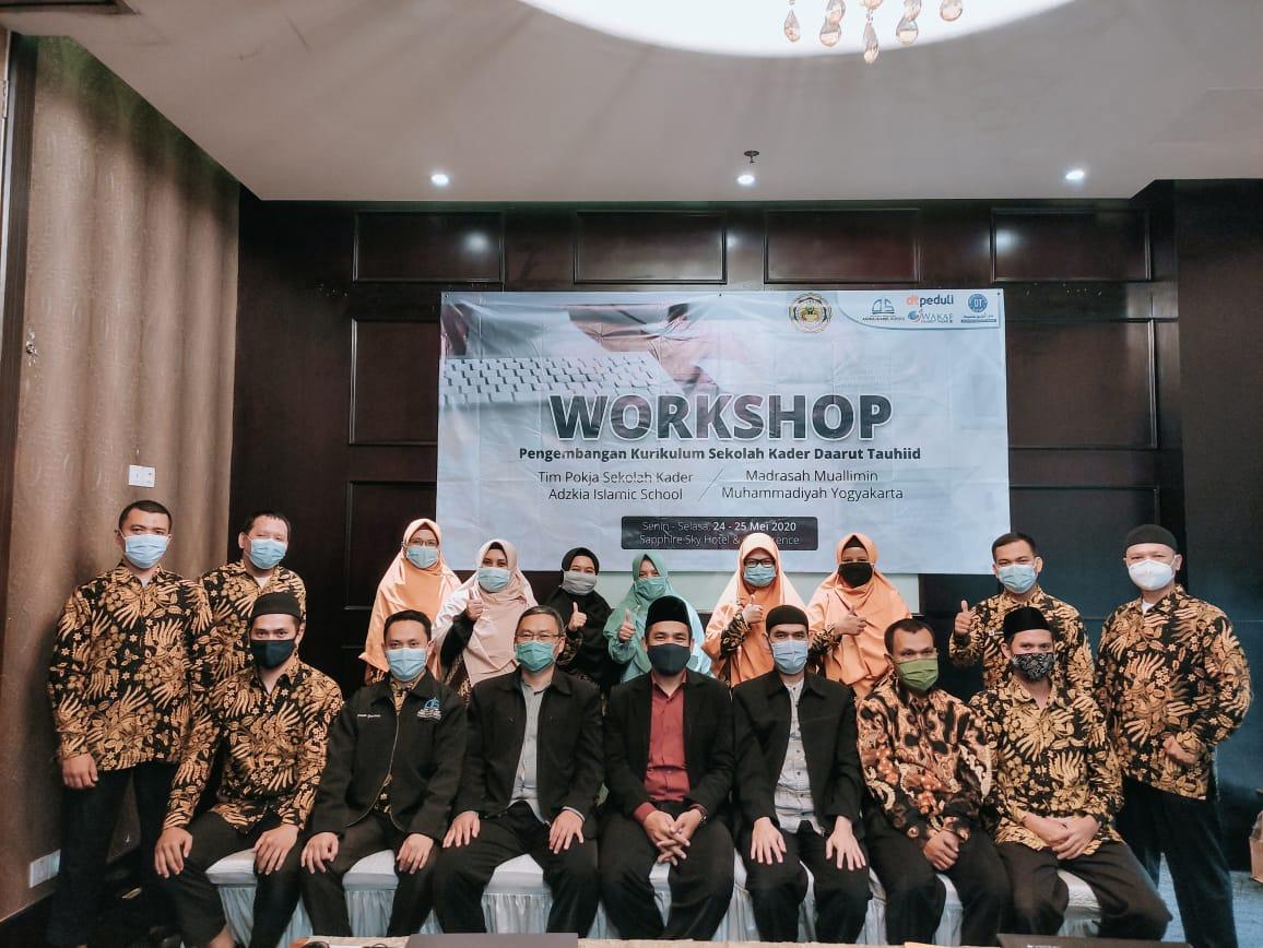 Workshop Penyusunan Kurikulum Sekolah Kader Adzkia